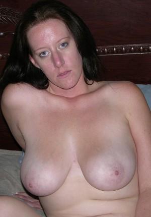 Watch Amateur Meghan Spread Her Pimpled Amateur Ass Apart