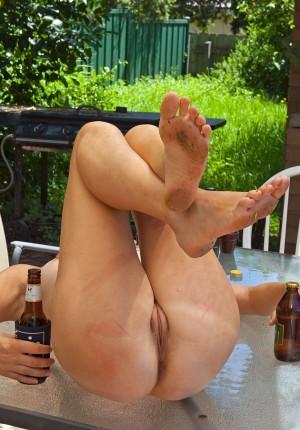 wpid-beer-wench12.jpg