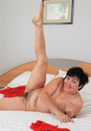 wpid-natural-pussy-mature-woman11.jpg