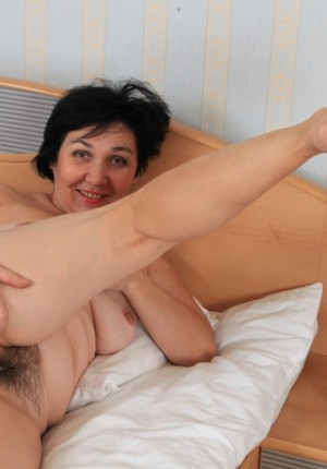wpid-natural-pussy-mature-woman13.jpg