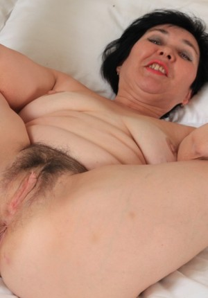 wpid-natural-pussy-mature-woman15.jpg