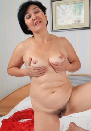 wpid-natural-pussy-mature-woman7.jpg