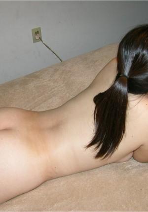 wpid-18-year-old-pussy-spreader12.jpg