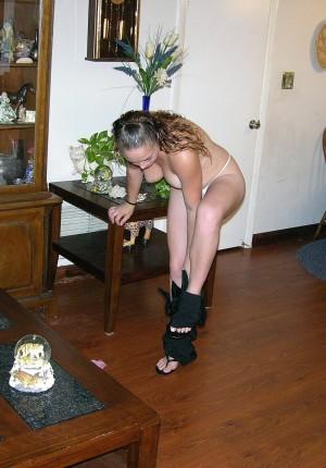 wpid-19-year-old-pussy-spreader3.jpg