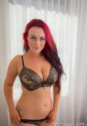 wpid-big-boob-raver-cutie-nude5.jpg