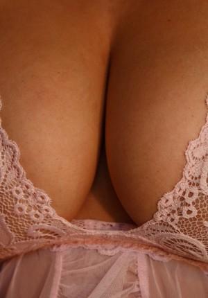Melinda messenger nude pictures
