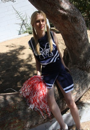 Waifish golden-haired cheerleader Kennedy Kressler gives it up to a massive black manstick