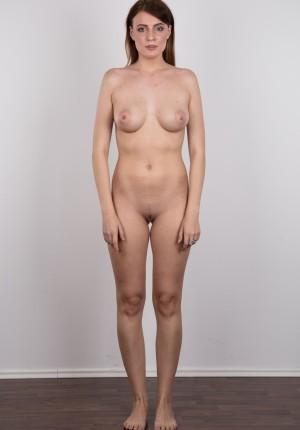 wpid-czech-amateur-klara-reveals-great-tits-and-a-sensual-nude-body13.jpg