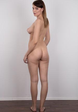 wpid-czech-amateur-klara-reveals-great-tits-and-a-sensual-nude-body17.jpg