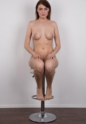 wpid-czech-amateur-klara-reveals-great-tits-and-a-sensual-nude-body19.jpg