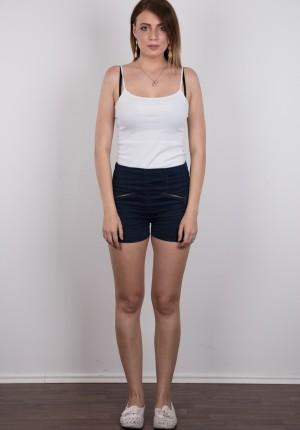 wpid-czech-amateur-klara-reveals-great-tits-and-a-sensual-nude-body2.jpg