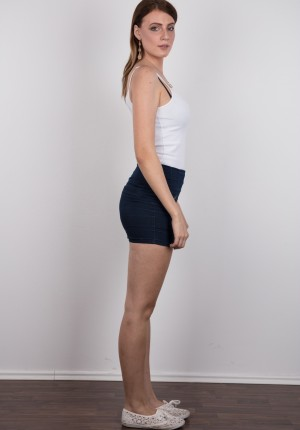 wpid-czech-amateur-klara-reveals-great-tits-and-a-sensual-nude-body3.jpg
