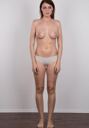 wpid-czech-amateur-klara-reveals-great-tits-and-a-sensual-nude-body8.jpg