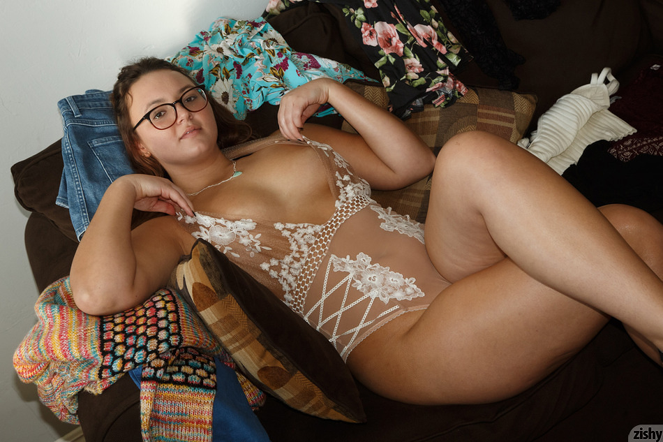 Amateur Brunette Teen Glasses