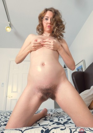 wpid-aali-spreads-her-horny-pregnant-pussy12.jpg