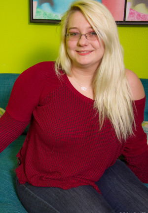 Blonde BBW in glasses Crystal in her first photoshoot