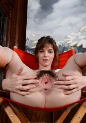 wpid-emma-pulls-her-legs-back-and-gapes-her-hairy-pussy11.jpg