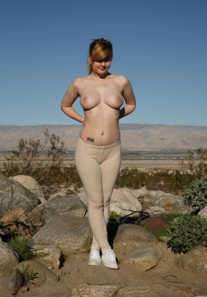 wpid-curvy-coed-alyssa-weiber-lets-her-big-boobs-out-to-play5.jpg