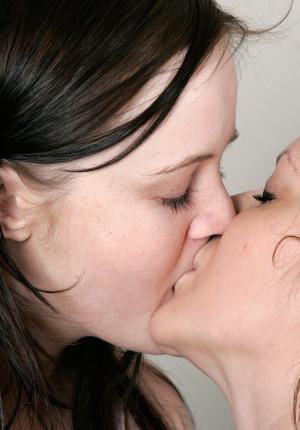 wpid-bonny-and-peppe-lesbian-sex2.jpg