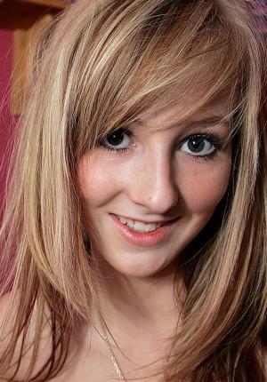 Blond Aussie Milf Blowjob