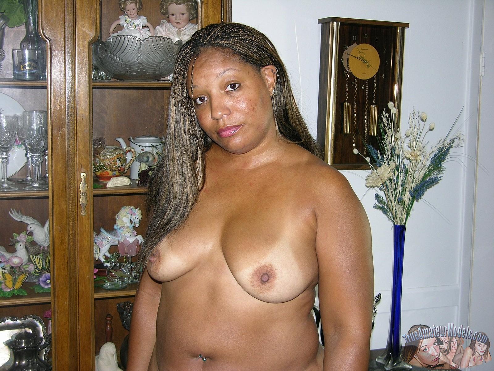 Nude black nerd — 10