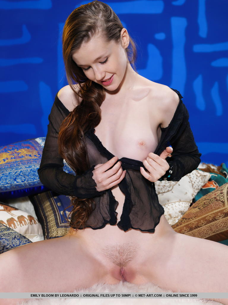 Think, emily bloom met art pussy happiness!