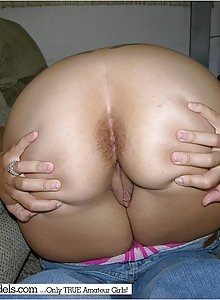True amateur brunette Lanka takes off her jeans and spreads her butthole