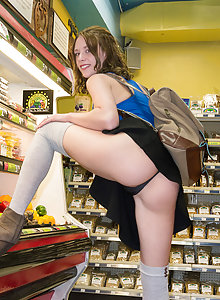 Let's go shopping with Anya