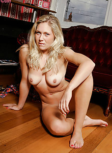 Cute amateur blonde with great tanlines posing nude