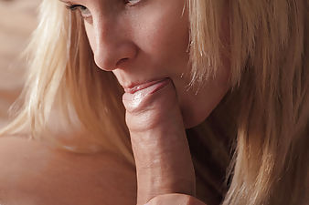 Mary wants to show you her skills in the bedroom....Cum inside and watch her in this unforgettable HD video.