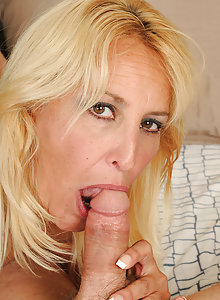 45 year old Andi from AllOver30 slides her mature pussy over hard cock