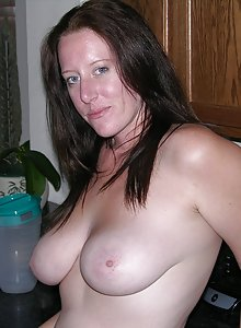 Real Amateur Girl Spreading Nude
