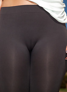 Tight yoga pants camel toe pics from Candace