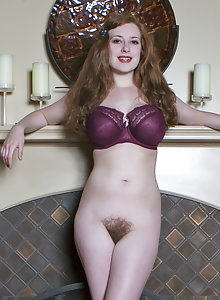 Gorgeous curvy beauty Misha Lowe shows off her huge nipples and hairy pussy