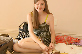 Lara strips down and cums
