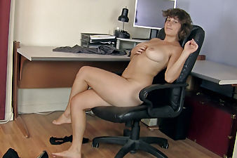 Sayge strips from chair to dance on desk