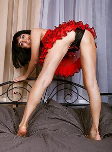 Petite MILF cutie Silky Sakyra drops her panties and spreads her twat