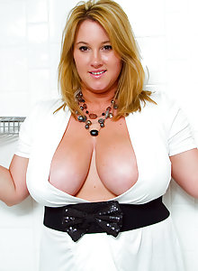 this is one very cute curvy girl with giant tits