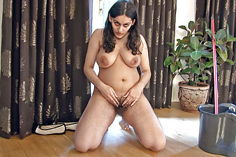 Riani decides to play with her hairy pussy