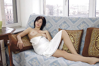 Lina gets naked on chair and masturbates well