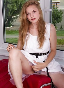 Hairy student Ira K learns about kinky photoshoots