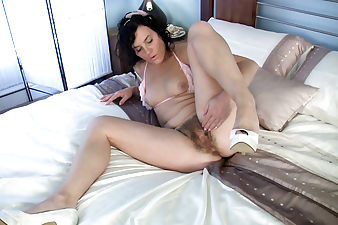 Sofia Matthews can't wait to make her hairy pussy cum