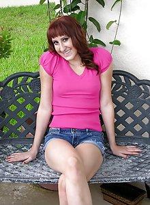 Nude Redhead Amateur Girl - Vanessa D.